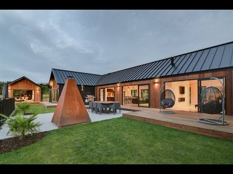 Substantial Rural Residence in Queenstown, Otago, New Zealand   Sotheby's International Realty