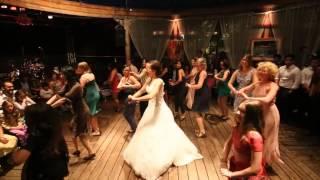 Bollywood Wedding Dance by VIENNA BOLLYWOOD