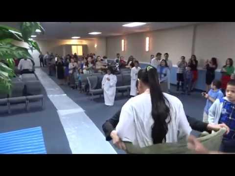 Iglesia pentecostal refugio de salvacion baptizo