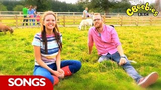 CBeebies: 'Old MacDonald Had a Farm' - with Ferne and Rory from My Pet and Me