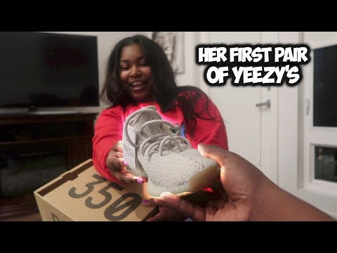 I BOUGHT HER FIRST PAIR OF YEEZY'S 😍