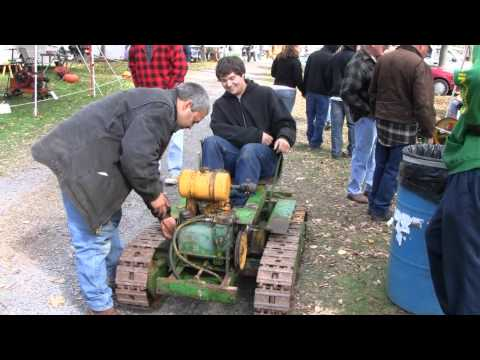 MEAD MIGHTY MOUSE MINI DOZER TRACTOR LOADER