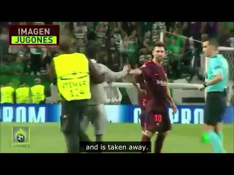 Messi in Sporting Lisabon while fans screaming Ronaldo's name.