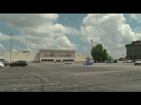Springfield Stores Closing, Others Thriving