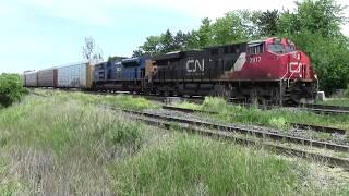 Cn X397 Cn 2917 PRLX 4831 at Goreway June 10 2018