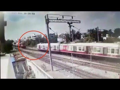 لحظة اصطدام قطارين في الهند  - نشر قبل 2 ساعة