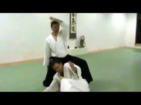 Aikido Ukemi: Über das Knie fallen
