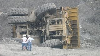 Accidentes de Trailers Cargados (Truck Accidents Loaded)