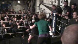 East Bay Rats Fight Night 2016-09-04 #7 Brutal Girl Fight