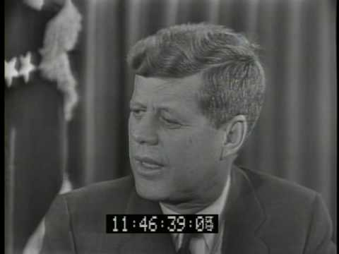Eleanor Roosevelt interviews JFK
