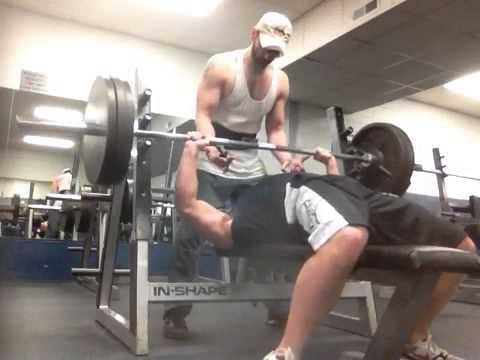 315 Bench Press X 9 Reps 200 Pounds Youtube