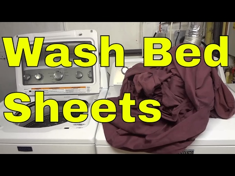 How To Wash Bed Sheets (Step-By-Step Tutorial)