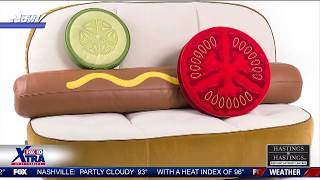 HOT DOG COUCH and Anchor CAN'T DEAL
