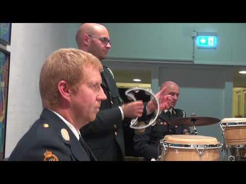 TV-M 20/12-17: HJV orkester - Brage synger