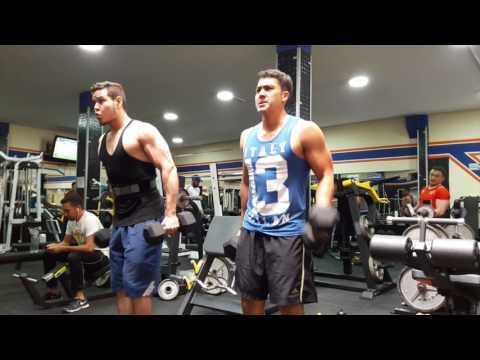 Entrenamiento hombro - Colombia - Gym