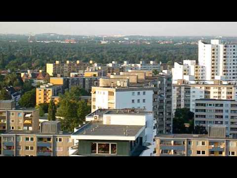 Blick vom Hochhaus über die südliche Gropiusstadt in Berlin-Neukölln