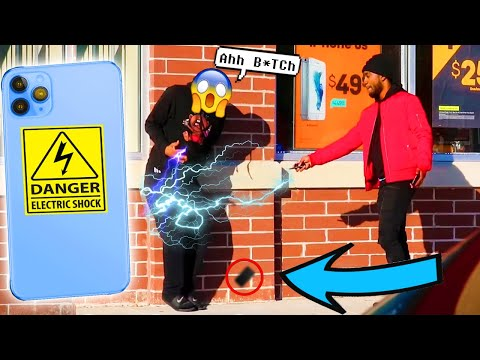 electric-shock-⚡️-iphone-11-pro-max-|-bait-phone-prank-in-the-hood-pt-2.-honesty-social-experiment