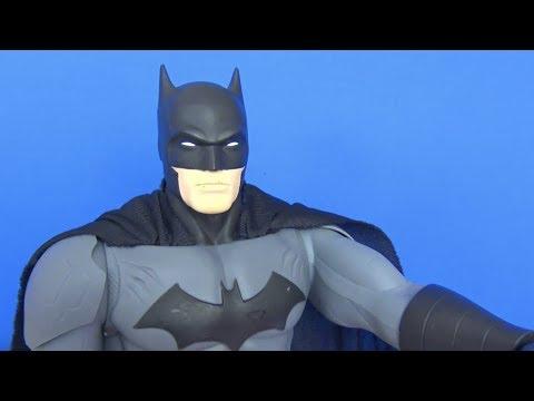 Niloya kardeşler Süpermen ve Batman Barbie sürpriz yumurta challenge yaptırıyor - Niloya o peti peti