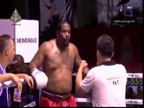 Riddick Bowe Gets DESTROYED LOSES MMA Muay Thai SuperFight 2013
