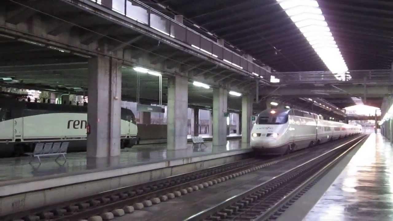 Cordoba ave 08 train no 02171 sevilla santa justa madrid puerta de atocha youtube - Puerta de atocha ave ...