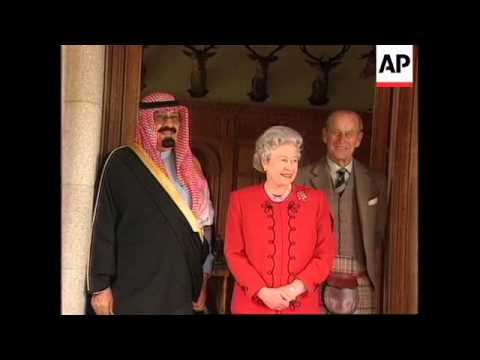 UK - Saudi prince lunches with Queen