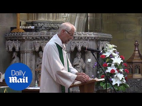 Memorial service held in Birstall church for Jo Cox - Daily Mail