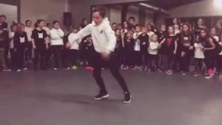 Da jump  de dansschool van sinerjey
