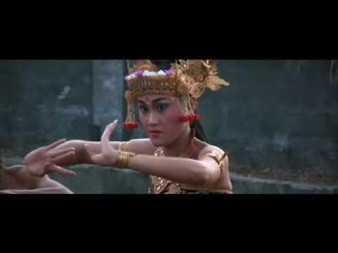 BALI:  Exotic Kecak Cult Monkey Dance Ritual