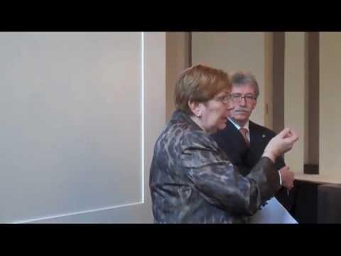 Overhandiging handboek mensenhandel en prostitutie aan kamercommissie Justitie