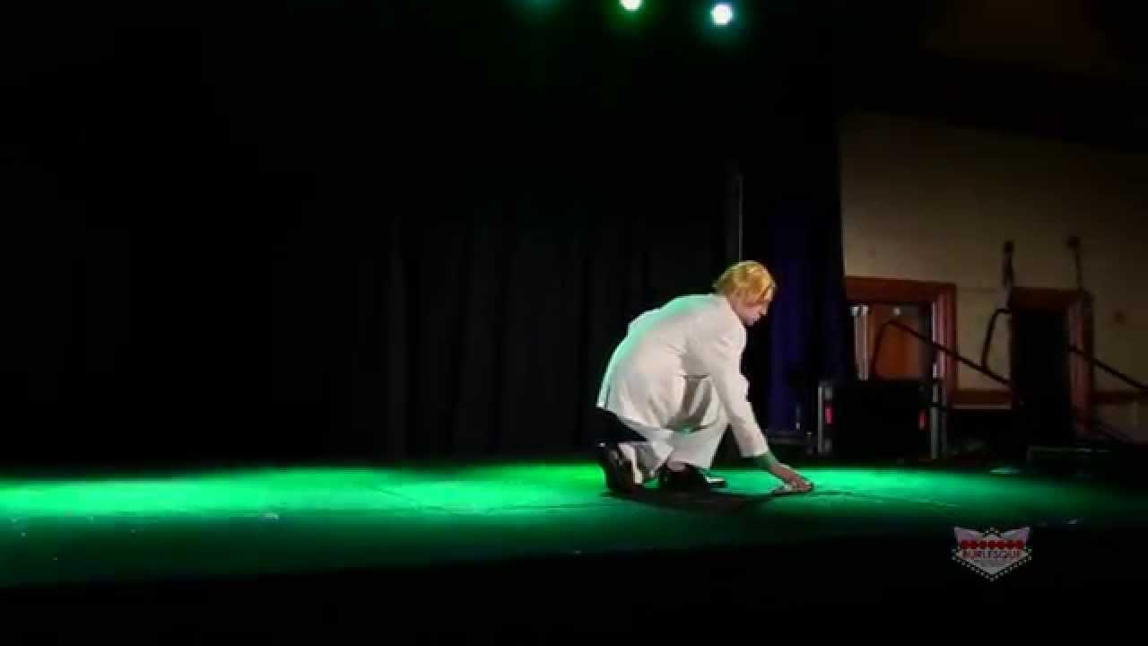 Mr E Yoshikage Kira Anime Usa 2014 Cosplay Youtube