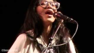 Endah N Rhesa - No Tears From My Eyes @ Konser Amal Singing Toilet [HD]