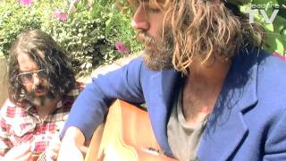 Angus Stone Wooden Chair Live Session