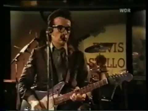 Elvis Costello & The Attractions (Rockpalast 15/6/78) - Pump It Up