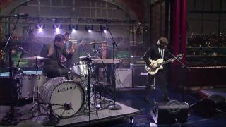 "(HQ) The Black Keys - ""Tighten Up"" 5/25 Letterman (TheAudioPerv.com)"