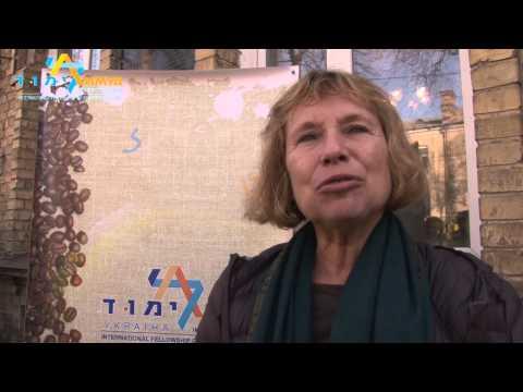 Fania Oz returns to family building in the city Rivne, Ukraine