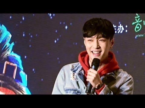 171029 Zhang Yixing Shenzhen fansign - talk about when arrived shenzhen