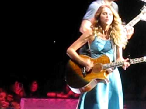 Taylor Swift John Mayer Your Body Is A Wonderland At Staples Center Youtube