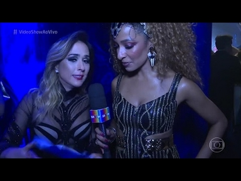 Tata Werneck ousam em baile pré carnaval Vídeo Show 1702