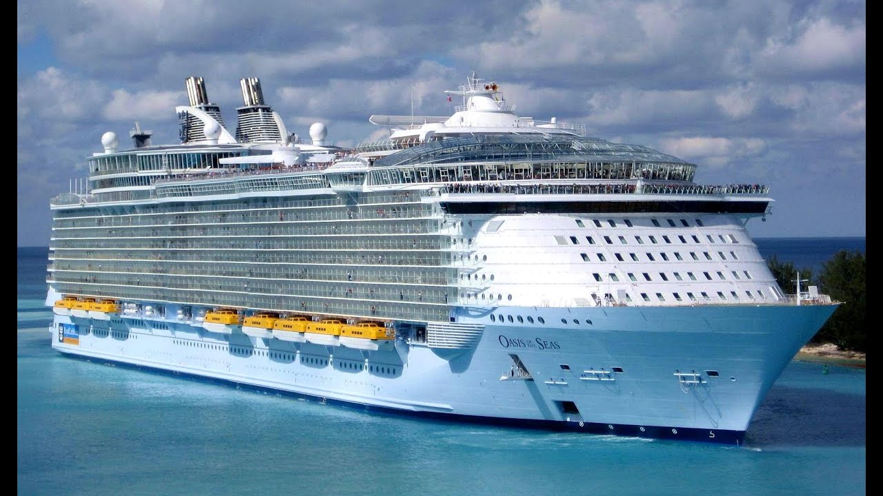 Oasis Of The Seas Royal Caribbean Departs Port Everglades