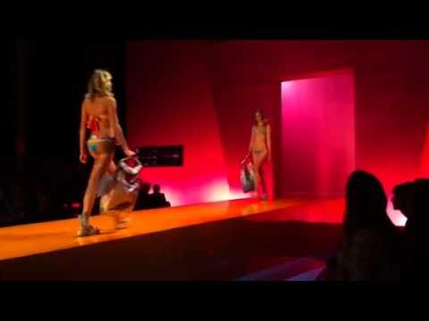 Fashion Rio -  Salinas Swimwear 2012 Fashion Show