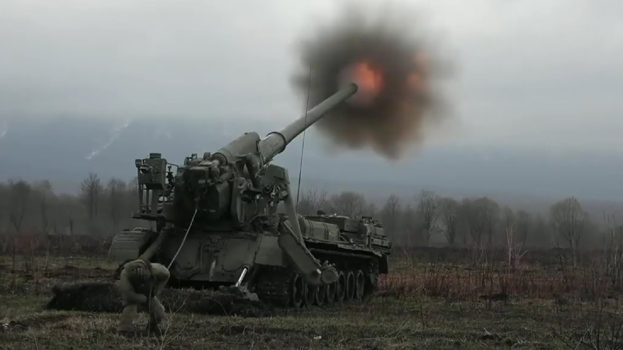 Monstrous Russian Artillery Action During Heavy Live Fire: 2S7 Pion, 2S5 Giatsint-S & 2S4 Tyulpan