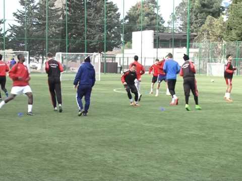 Учебно тренировочные сборы футбольного клуба Арарат в спортивном комплексе А.Карелина отеля