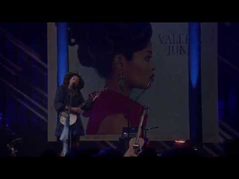 Valerie June - iTunes Festival - 09-10-13
