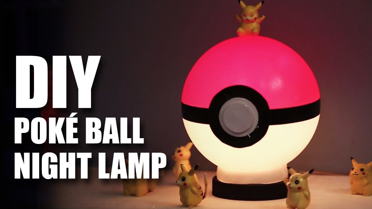 pictures How to Make a Poké Ball Using a Ball