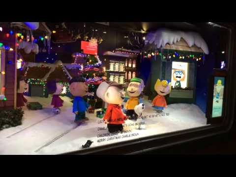 The Peanuts & Snoopy at NYC Macy's Herald Square
