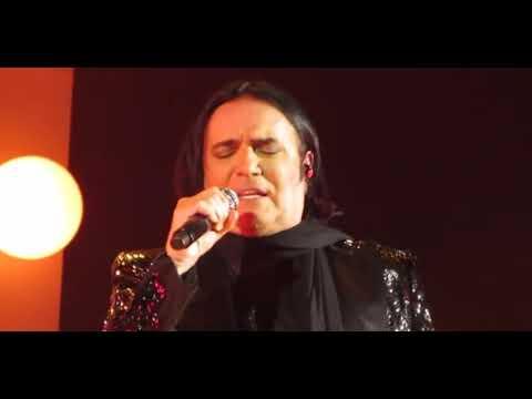 Renato Zero - Nessuno tocchi l'amore (live Amo Tour)
