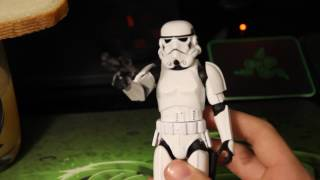 ШТУРМОВИК ИЗ МЕТАЛЛА! Star Wars Die-Cast Stromtrooper Review (обзор на русском)