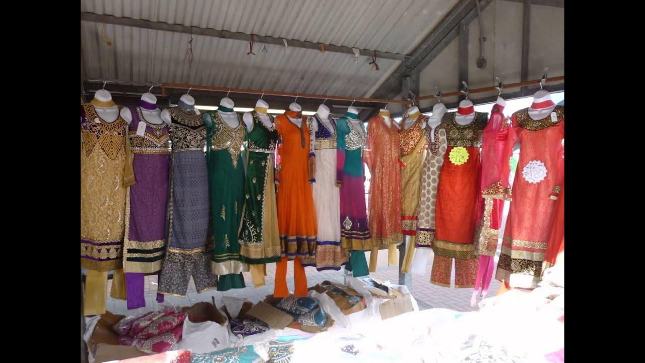 57da55b17a Pakistani clothes in Leeds Market / Пакистанская одежда на рынке Лидс
