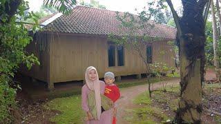 Download Suasana Pagi Di Kampung Yang Tenang, Semua Warga Memulai Aktivitas Di Pedesaan Cianjur Jawa Barat
