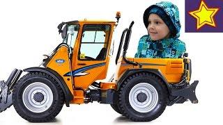 Снегоуборочная машина Видео для детей Video for children(Привет, ребята! В этой серии Игорюша наблюдает за работой маленькой желтой снегоуборочной машины. Машина..., 2016-12-16T05:00:00.000Z)